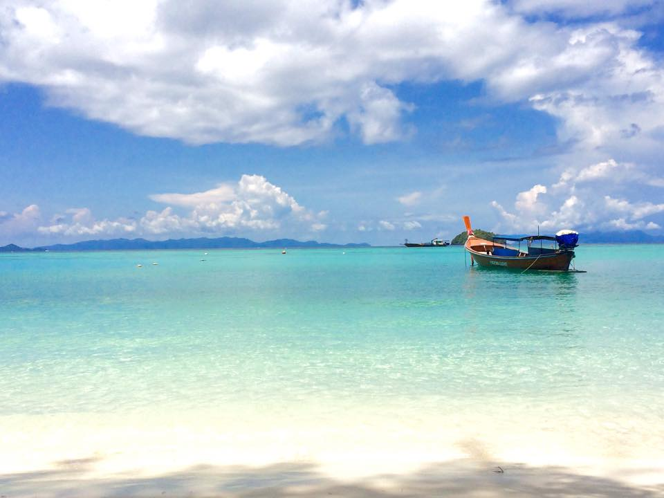 Le paradis ! Plage de Koh Lipe en Thaïlande. Crédit Photo : @Take a share