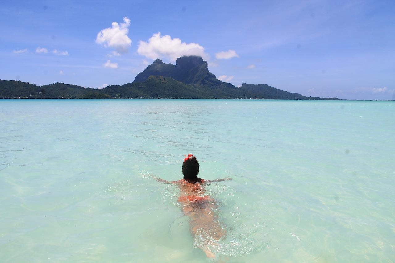 se baigner a Bora Bora