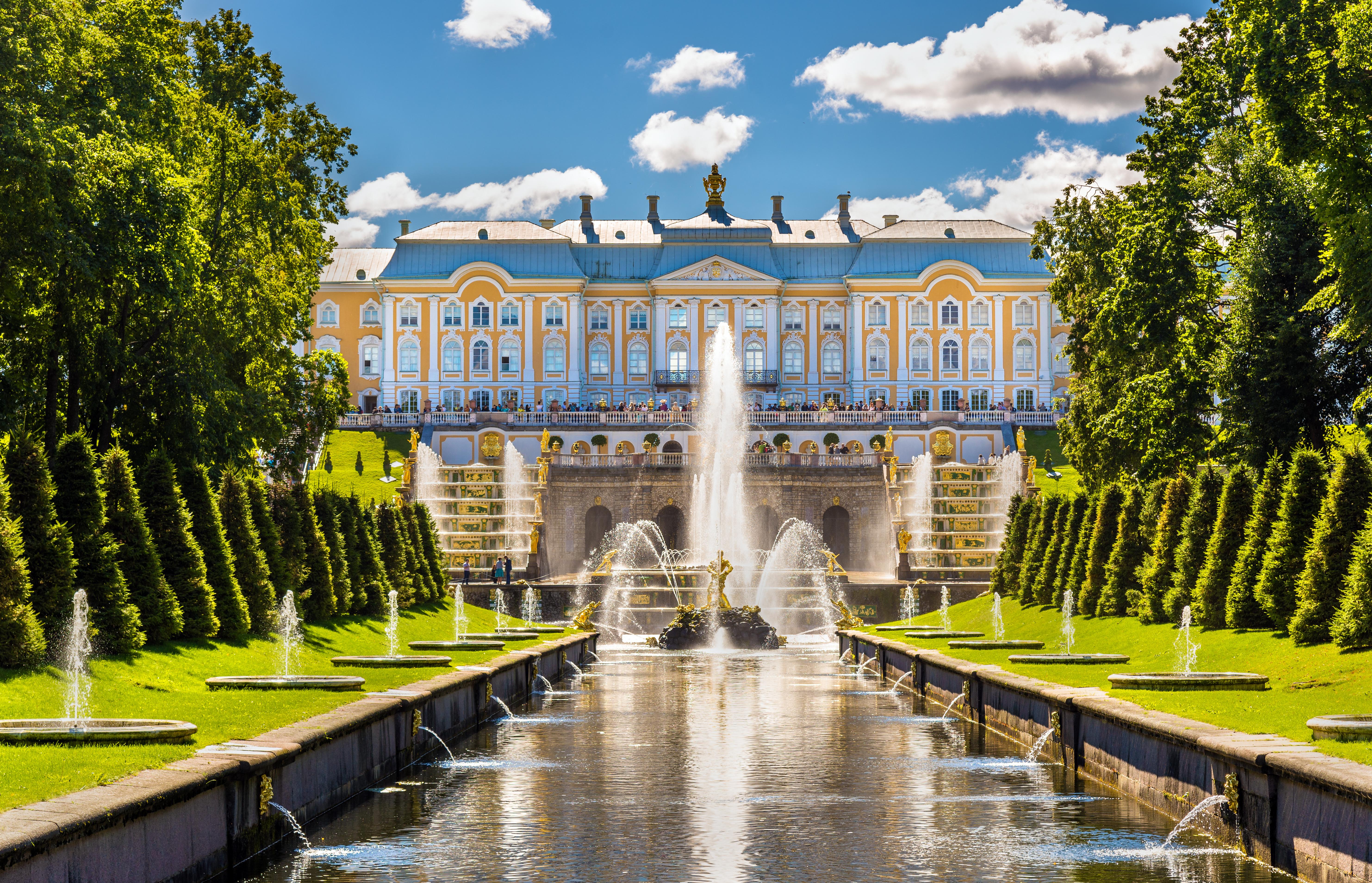 visiter les palais de Saint Petersbourg comme le Peterhof Grand Palace